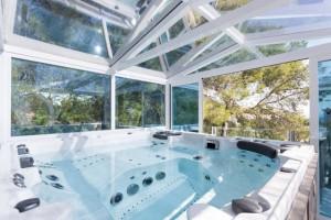 spa glass house 1